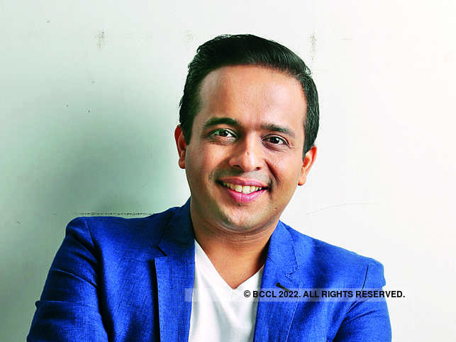 Rajiv Talreja said that the entrepreneur must learn how to reduce the dependency on himself/herself.