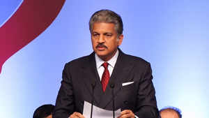 Anand Mahindra offers solutions to pull auto industry out of gloom