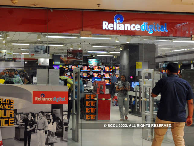 ​Avail the offers at over 360 stores, official website (www.reliancedigital.in), and over 2200 My Jio stores across India. ​