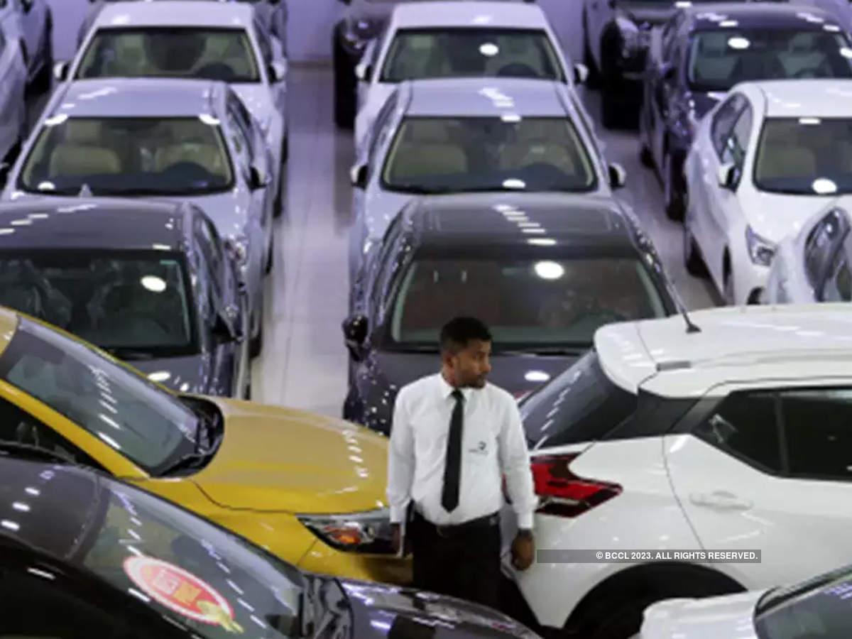 Internet Car Sales >> Car Sales In India Auto Slump Turns Bad Sales Fall Across