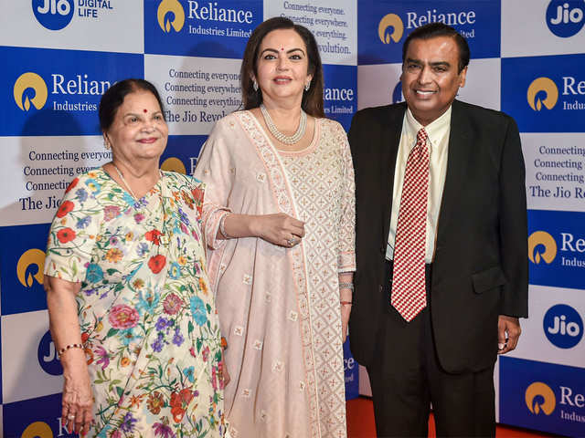RIL AGM: Ambanis tie up with Microsoft, but sorry, no Satya Nadella in the house