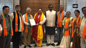 10 MLAs of Sikkim Democratic Front joined BJP