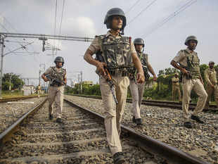 CRPF officer who killed 3 terrorists despite bullet injury is recipient of Kirti Chakra