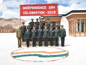 As Pakistan sulks, Indian & Chinese troops hold ceremonial BPMs on India I-Day