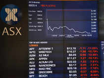 Australia shares down for third week on recession, trade worries
