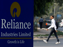 Fitch Ratings raises Reliance's outlook to positive