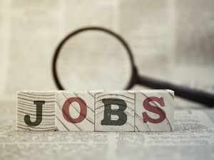 Looking for a job? Don't make these 12 mistakes - The Economic Times