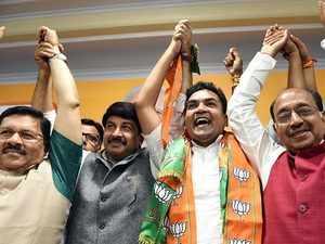 Delhi: Rebel AAP leader Kapil Mishra joins BJP