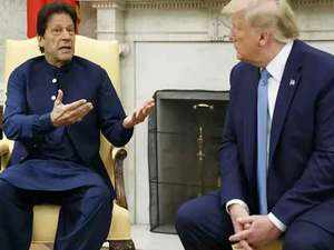 After PM Modi's snub, Imran Khan dials Trump