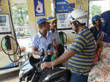 Petrol, diesel become cheaper in Delhi than UP