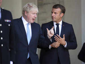 Boris-johnson,-emmanuel-mac