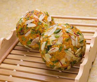 Recipe: Celebrate Janmashtmi with these delicious and healthy dry fruit laddoos