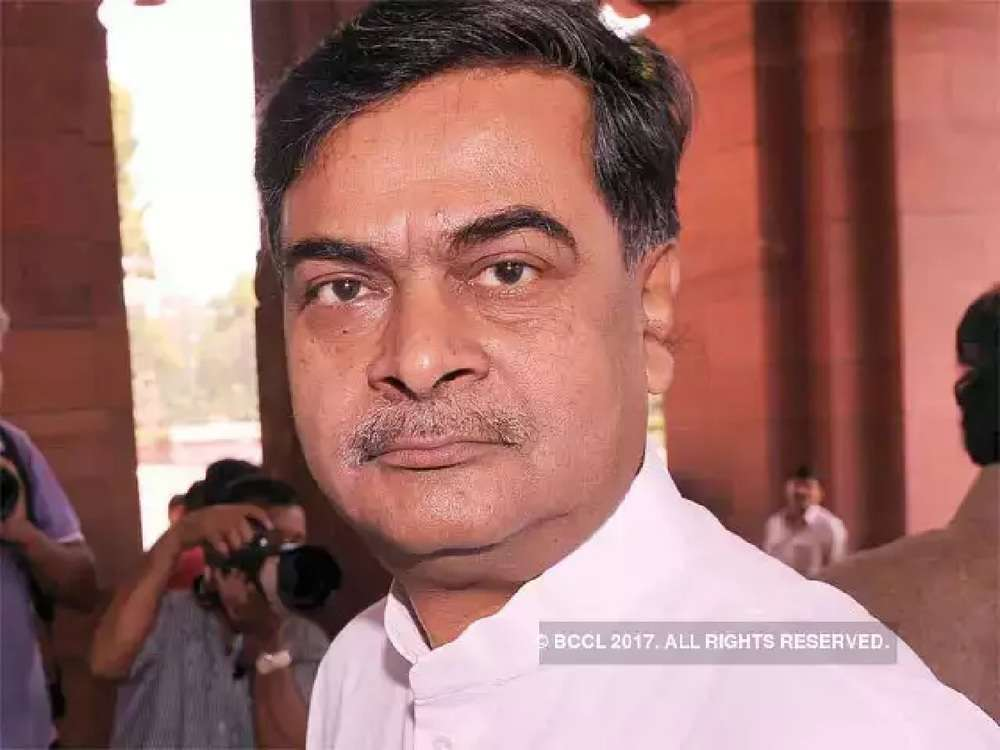 Discoms will have to supply power through franchisees: RK Singh