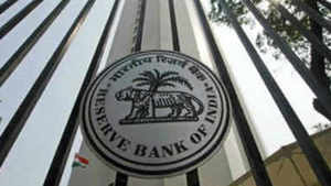 RBI to transfer 1.76 lakh crore to government