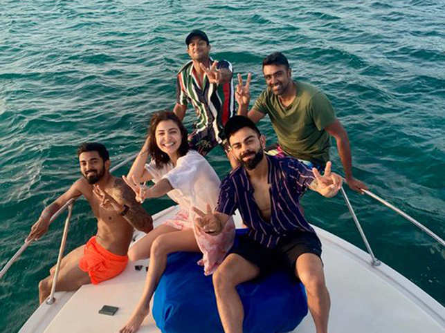 The cricketers and Anushka were seen spending some quality time at Antigua's Jolly Beach.