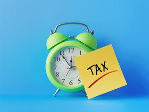 tax-filing-getty-25