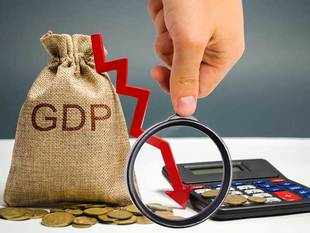 India's Q1 GDP at 5 per cent, falls to a 6 year low