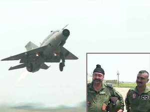 Watch: Abhinandan Varthaman flies MiG-21 sortie with IAF chief BS Dhanoa