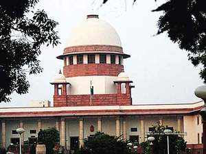 Ayodhya: SC issues notice to professor for 'threatening' senior advocate