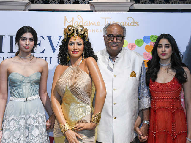 ​Boney Kapoor (second right), and daughters, Janhvi (right) and Khushi (left) unveiled Sridevi's statue ​in Singapore.