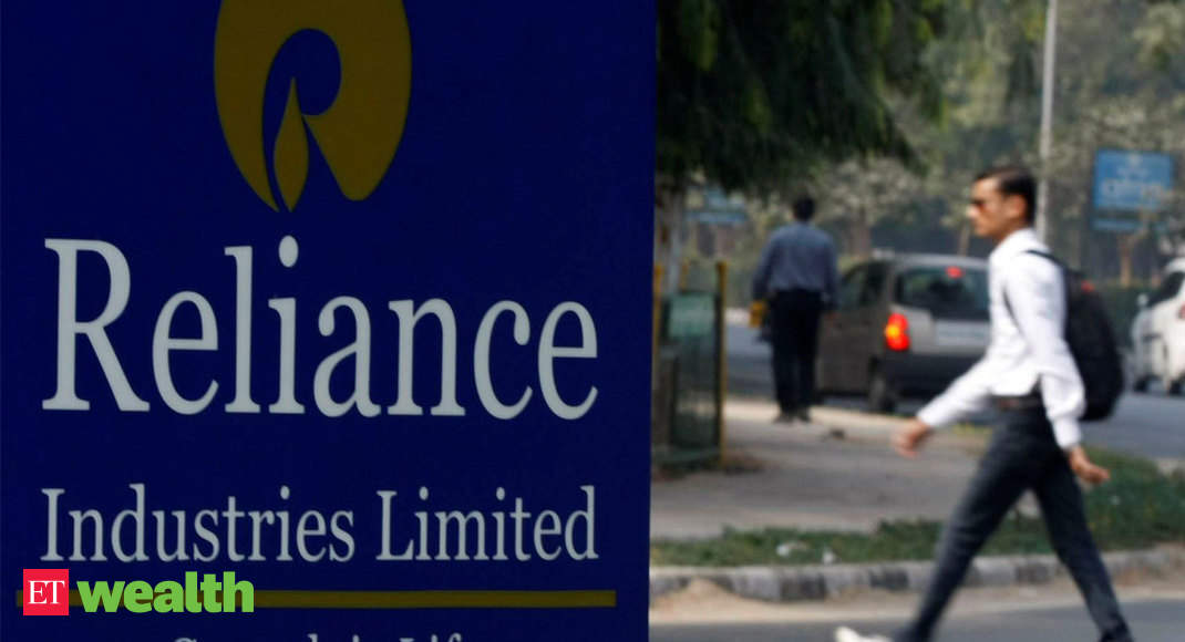 Stock pick of the week: Restructuring of Reliance Industries is good news - Economic Times thumbnail