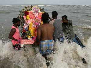PM urges Mumbaikars to avoid water pollution during Ganesh idol immersion