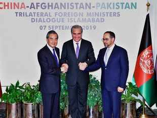 Pakistan, China discuss Kashmir issue; underline need to settle disputes through dialogue