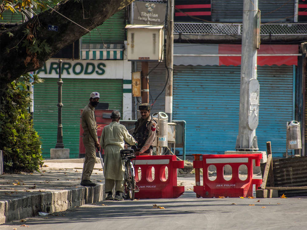 Restrictions lifted from most areas of Kashmir