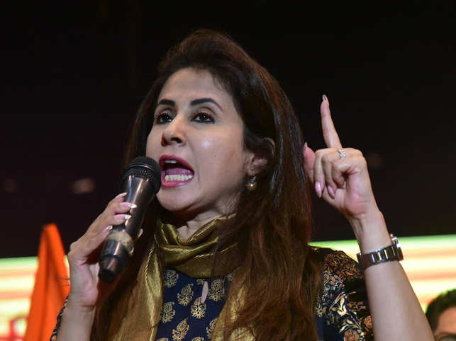 Urmila Matondkar quits Cong, barely 6 months after signing up; cites lack of leadership, in-fighting