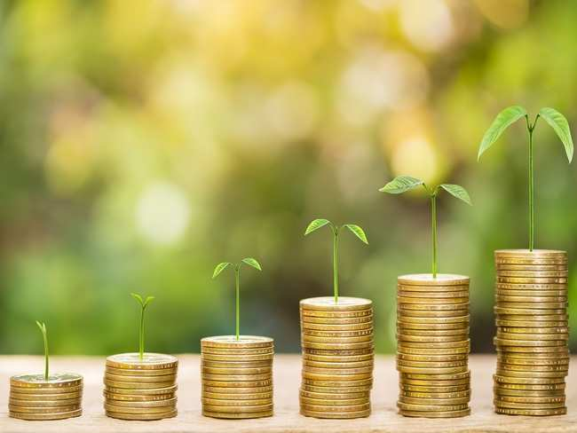 5 top mutual funds to start SIPs for spouse's retirement