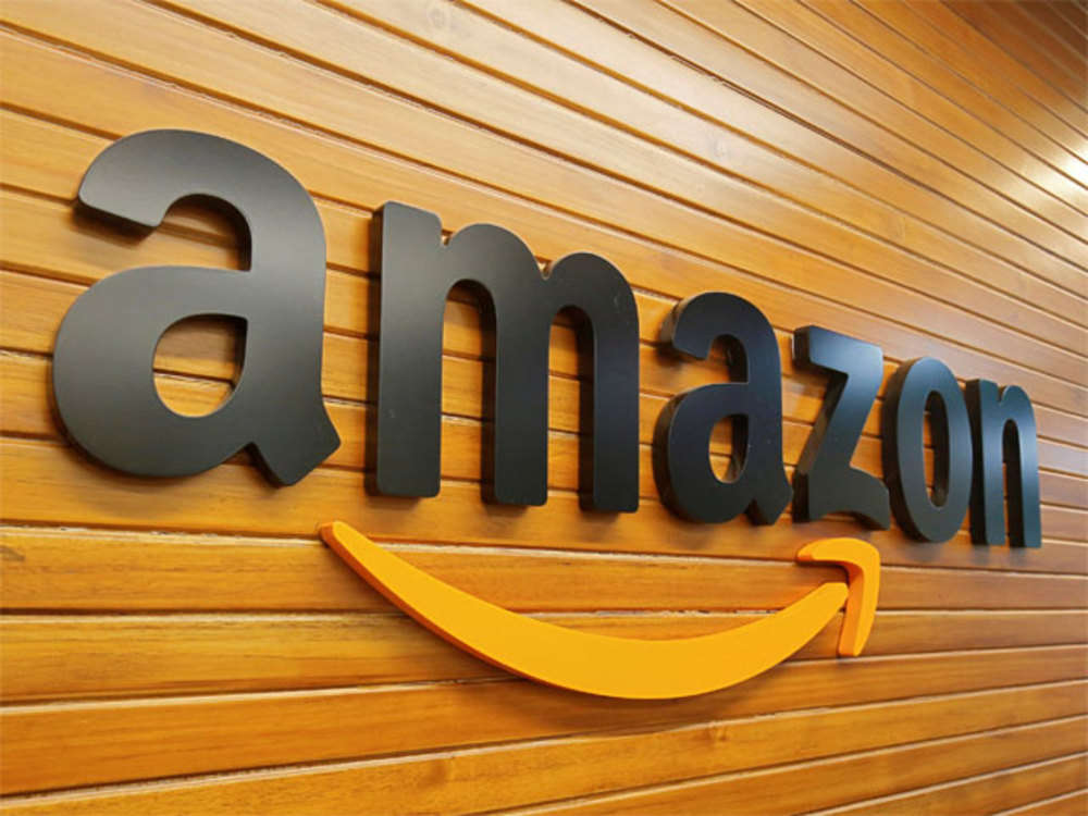 Amazon opens its homepage to display ads