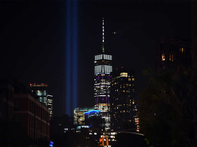 NY's light beam-tribute to 9/11 victims may be harming over 160,000 birds