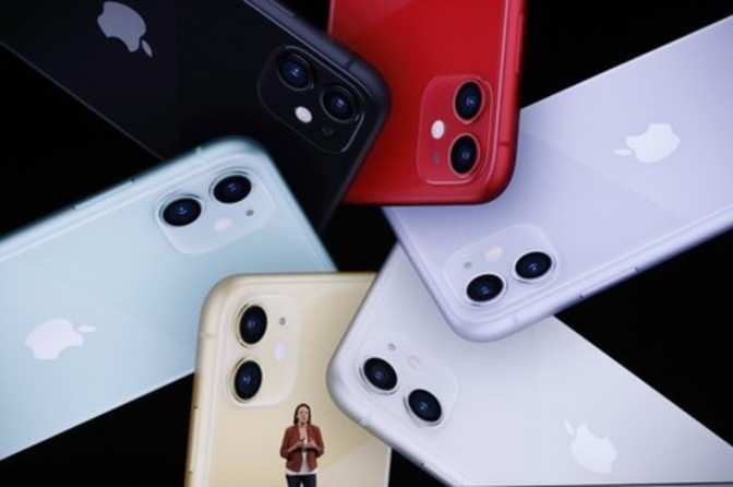 Iphone Xr Price Apple Silently Slashes Price Of Previous
