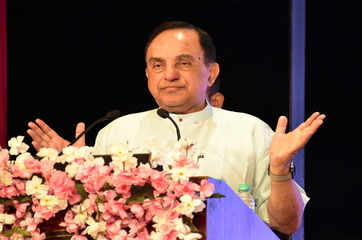 People well-versed in macroeconomics can only revive economy: Subramanian Swamy