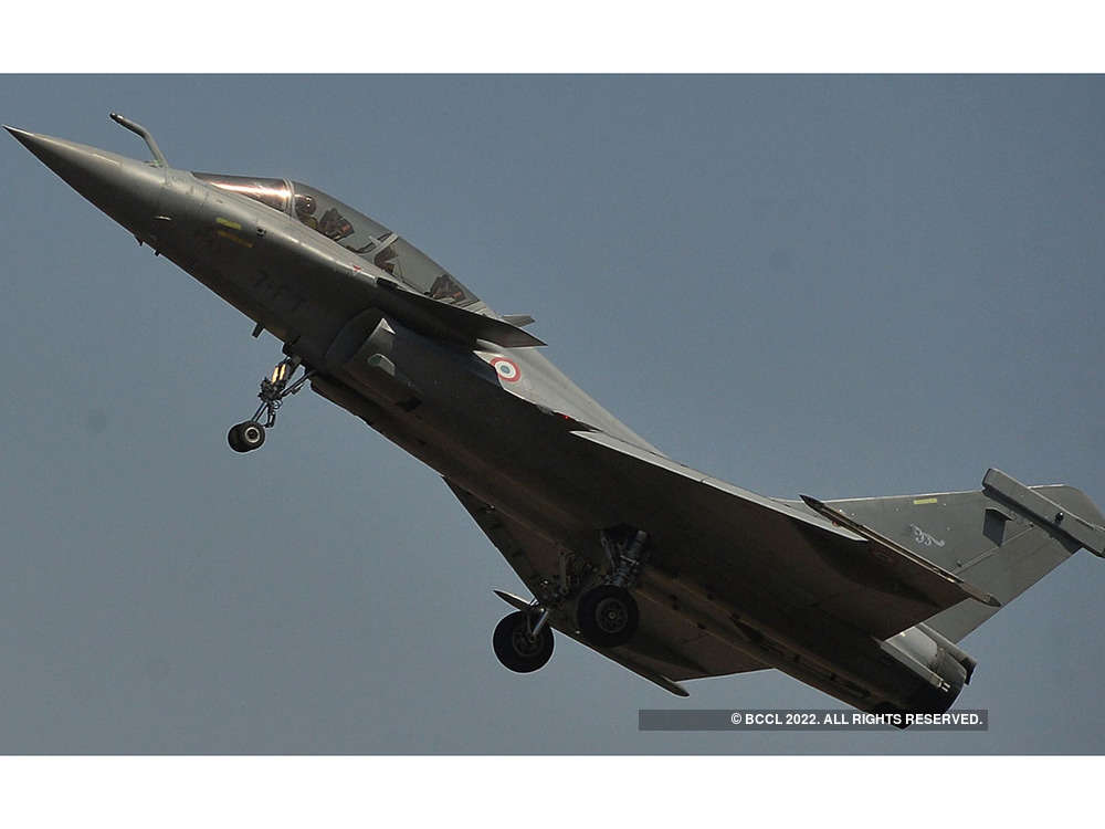 Air Force to get `game changer' SCALP, Meteor missiles for the Rafale next year