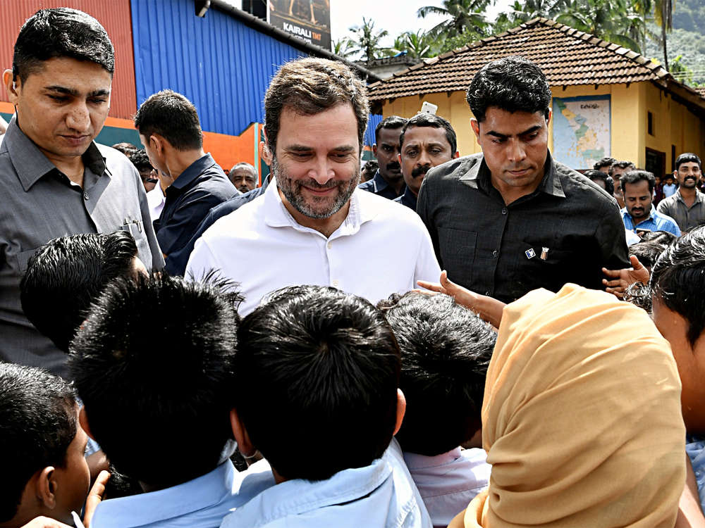 Howdy economy...ain't too good it seems: Rahul Gandhi's swipe at Modi ahead of US event