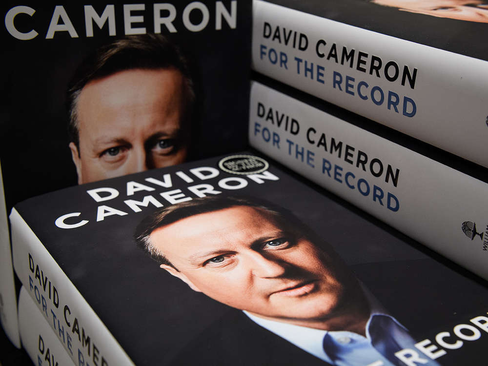 David Cameron reveals Manmohan Singh confided in him on Pak military action