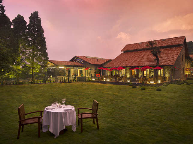 Planning a luxurious getaway with your loved one? Look no further than The Tamara Kodai