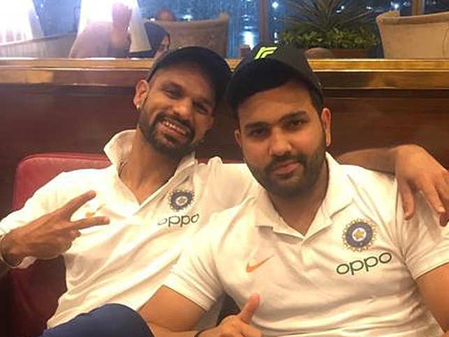 Rohit Sharma's (R) video of Shikhar Dhawan (L) was viewed over 948K times.