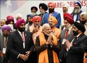 Watch: PM Modi interacts with members of Sikh community  in Houston