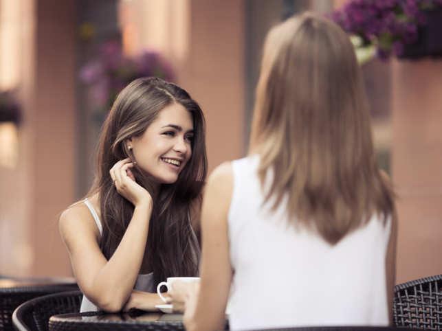 women-girls-friends-talk1_ThinkstockPhotos