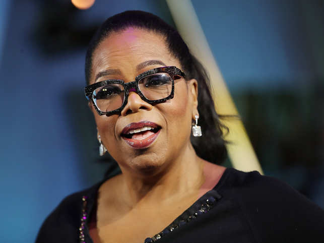 Oprah ​Winfrey's pneumonia was getting worse with time so much so that the doctor told her to cancel everything​​.