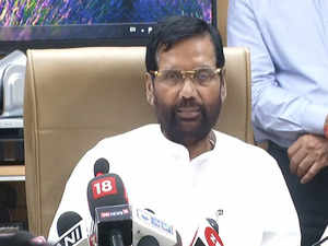 Govt still has 35,000 ton of onion in buffers stock: Ram Vilas Paswan