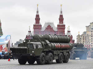 India defends right to buy Russian arms on US trip