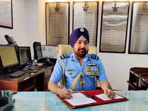 Air Marshal H S Arora takes charge as Vice Chief of Air Staff