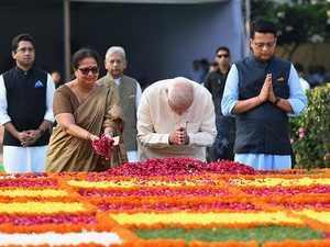 PM Modi pays tributes to Lal Bahadur Shastri on his 115th birth anniversary at Vijay Ghat