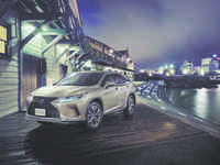 Lexus brings luxury SUV, RX450hL, to India at Rs 99 lakh