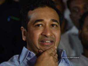 Maharashtra polls: Ex-CM Narayan Rane's son Nitesh joins BJP