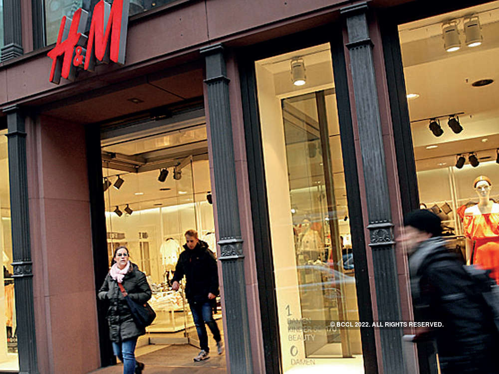 H&M narrows gap with Zara on the back of new stores, low prices