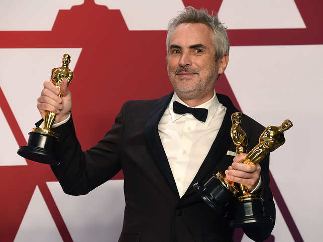'Roma' director Alfonso Cuarón signs a deal with Apple, will now produce projects for TV Plus